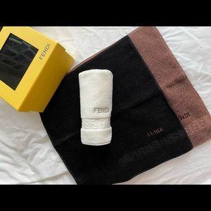 FENDI Face towels (set) 🦋 Unused
